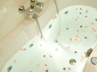 if you bring your own flowers, your bath can look like this.........