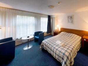 Hotel Prins Hendrik Amsterdam Website
