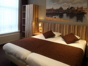 Our twin rooms with private facilities are really spacious.