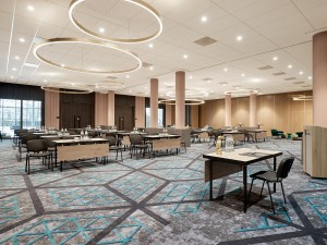 With over 2000 sqm of meeting facilities, we can fulfill all your needs.