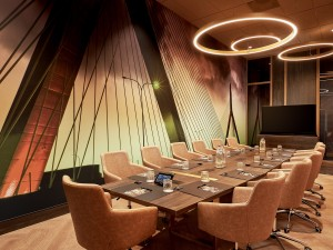 With 20 meeting rooms, we have a suitable room for every meeting.